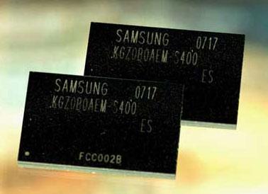 Samsung приступила к производству чипов памяти  плотностью 4 Gb