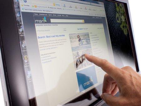 HP представила трехмерный моноблок серии TouchSmart