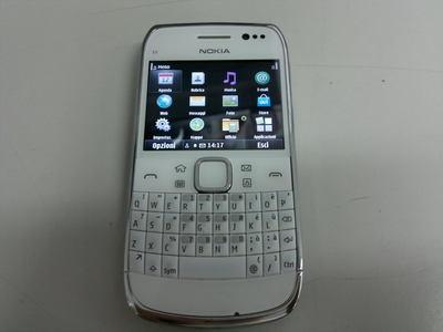 Смартфон Nokia E6-00 разоблачен