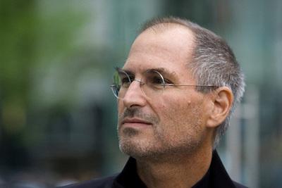 Книга расскажет о взлетах и падениях Стива Джобса