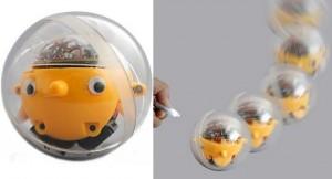 Игрушка Tama-Robo идет на свет
