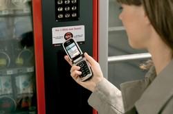 LG поможет европейцам с NFC-платежами