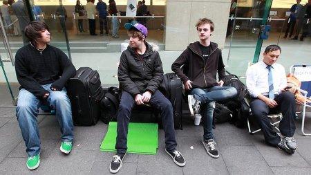 Начались продажи iPhone 4S в Австралии